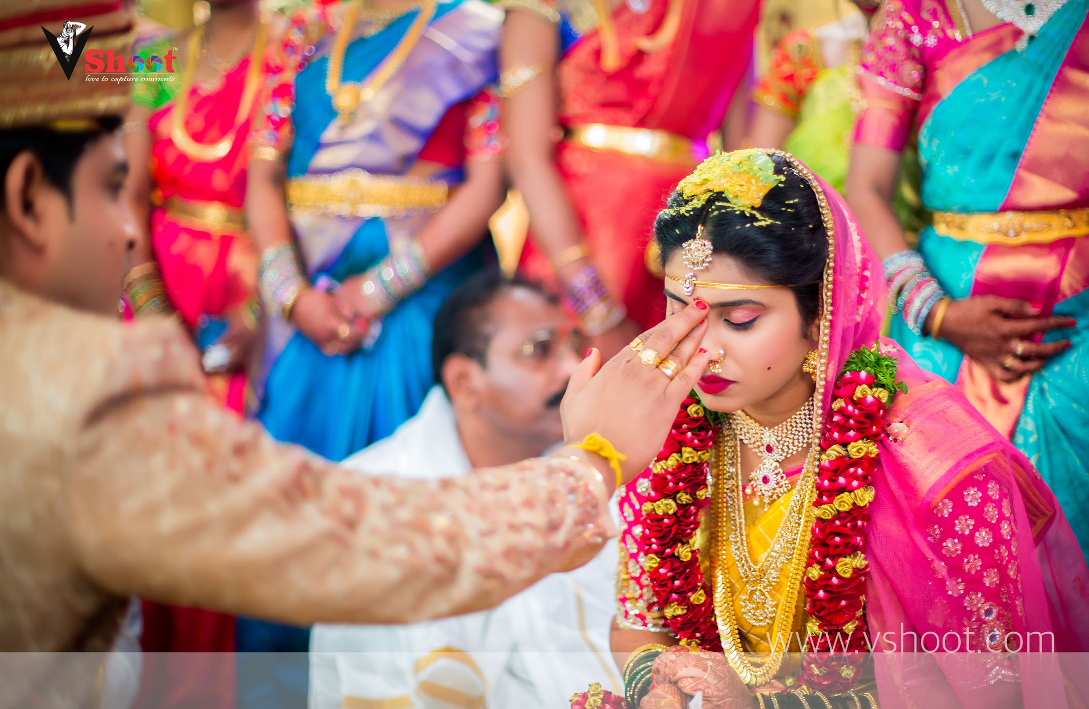 indian-candid-wedding-bride-photography-vshoot